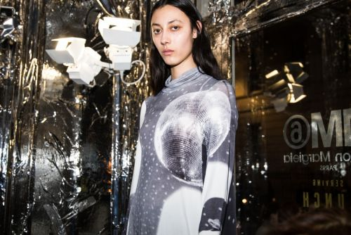 MM6 Reveals Metallic Fall/Winter 2018 Collection
