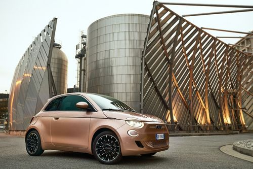 Fiat Unveils The Prestigious and Stylishly Compact 500 3+1 in Rose Gold