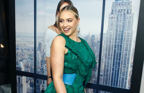 Iskra Lawrence Puts Her Curves On Full Display In Stunning Green Gown