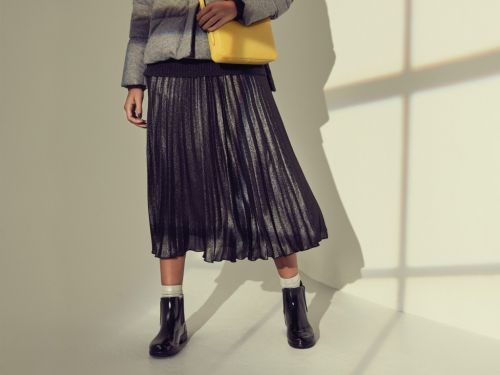 15 Day-To-Night Midi Skirts - The Perfect Piece To Add To Your Fall Wardrobe