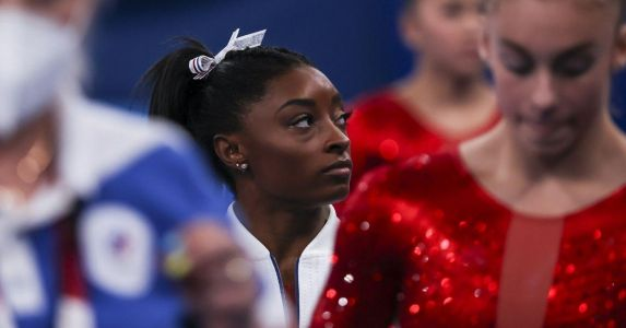 Simone Biles Withdraws From Vault And Uneven Bars At Tokyo Olympics After 'Twisties'