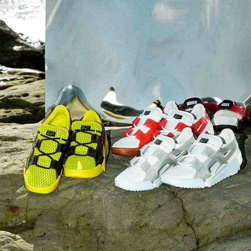 The Onitsuka Tiger Sandal-Sneaker Hybrid, Big Logo Runner For EveryDay Use