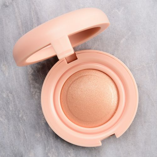 Kaja Beauty Luna Mochi Glow Bouncy Blendable Highlighter Reviews & Swatches