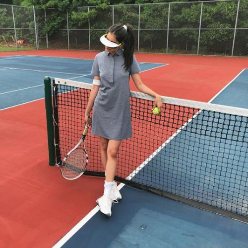What Fashion Girls Wear to Play Tennis