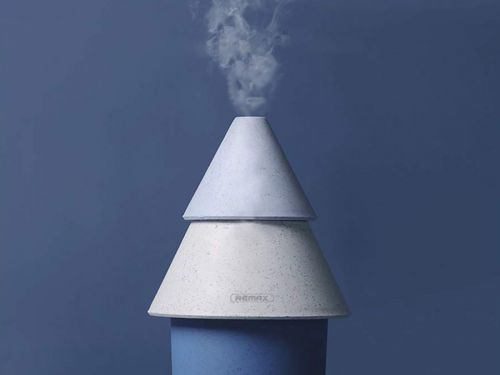 The Top 10 Humidifiers, According To People Whose Noses Don't Feel Like The Atacama Desert
