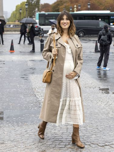 7 Effortless Maternity Looks I'm Stealing From Fashionable French Girls
