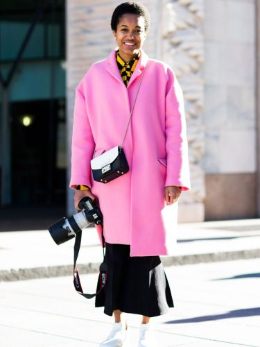 13 Perfect Winter Outfits for Women Who Always Wear Skirts