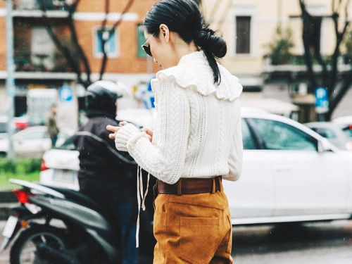 Traveling This Winter? Don't Leave Without These 5 Sweaters