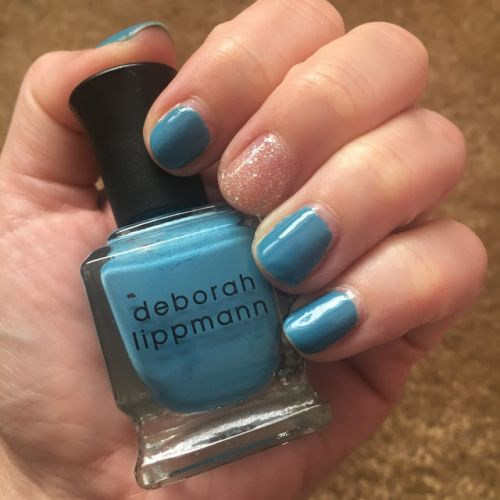 ManiMonday: Deborah Lippmann On The Beach with butter LONDON Tart With A Heart Accent Nail