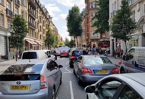 UK traffic congestion study reveals roads are getting safer