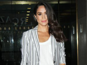 Meghan Markle's Body Double Just Sparked More 'Engagement' Rumours