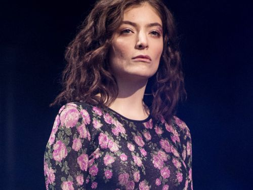 Lorde Just Found Out How Many People Get Nose Jobs In L.A