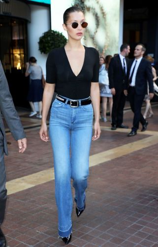 The Easiest Way to Style Your V-Neck Tops This Summer