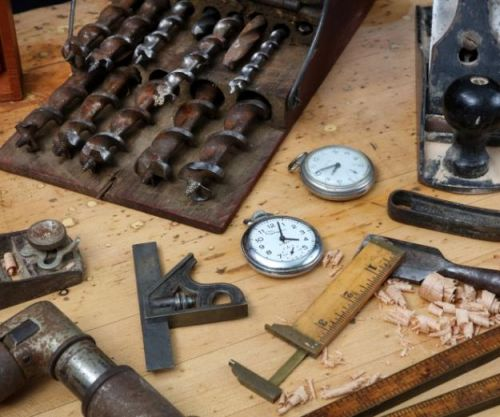 Of Traditional Designs and Watchmaking Innovation