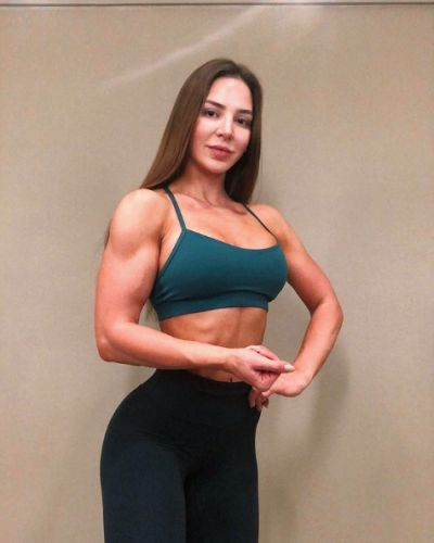 '90 Day Fiancé' Star Anfisa Nava Claps Back at Haters Who Say Women With Muscles Look 'Manly'
