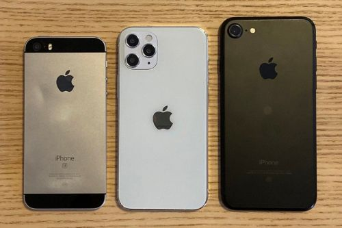 Take a Look at a Size Comparison of the 5.4-Inch Apple iPhone 12