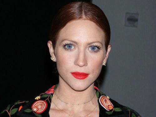 "Brittany Snow's Engagement Ring Isn't ""Trendy"", But It's Breathtaking"