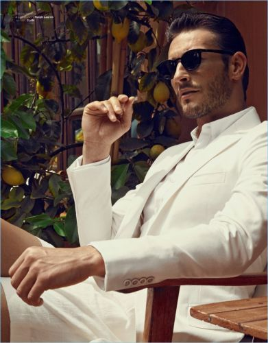 Parker Gregory Dons Summer Tailoring for Wall Street Italia Style