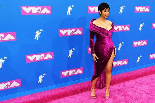 See Every Look From the 2018 VMAs Red Carpet