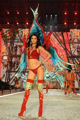 See Every Runway Look From the 2016 Victoria's Secret Fashion