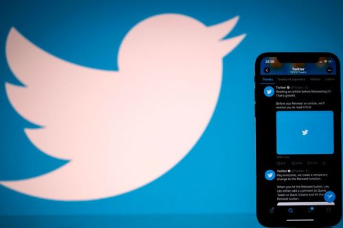 Twitter Appears To Be Working on a $2.99 USD Subscription Service Called 'Twitter Blue'