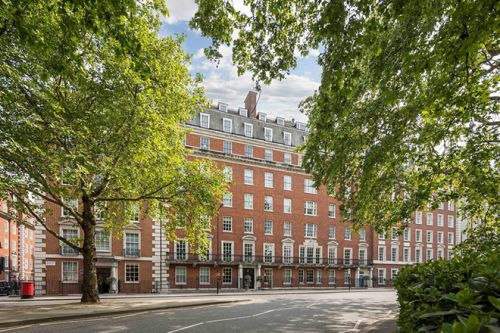 The £18.6M Mayfair Apartment in London, Now Belongs To a Saudi Billionaire Heiress