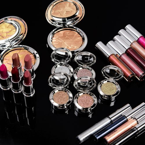 MAC Shiny Pretty Things Colour Collection Swatches