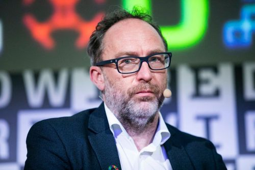 Wikipedia's Jimmy Wales Launches Social Network