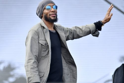 "Yasiin Bey Blends His Bars with Kanye West's Beats for ""Bey Ye"" Set"