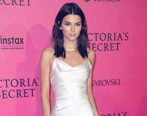 What Was Up With Kendall Jenner At The Victoria's Secret Show?