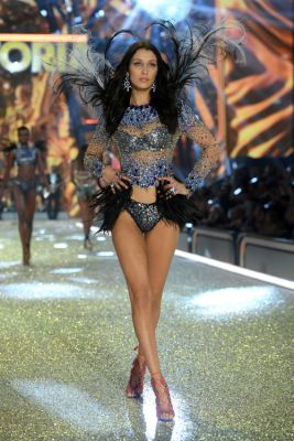 See Every Runway Look From the 2016 Victoria's Secret
